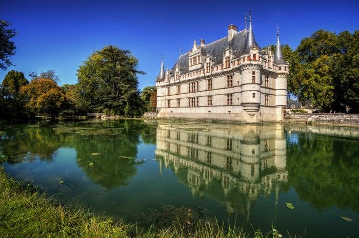 le château d'Azay-le-rideau en région Centre-Val de Loire