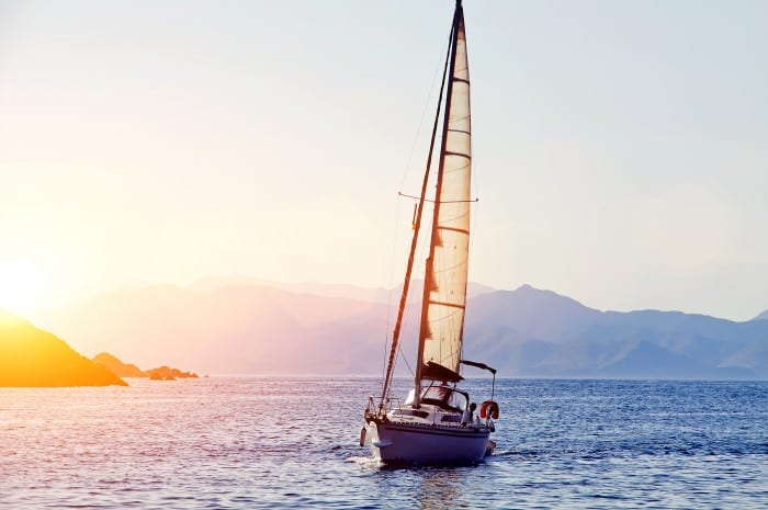 location d'un bateau pour découvrir les îles