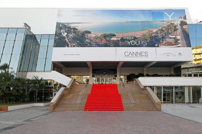 Les marches du palais à Cannes